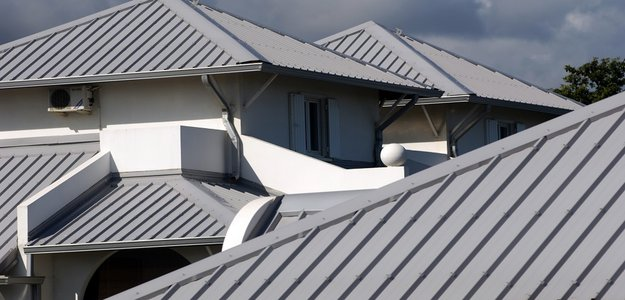 Metal Roofs are the Best Environmentally-Friendly Roofing Solutions for 2021