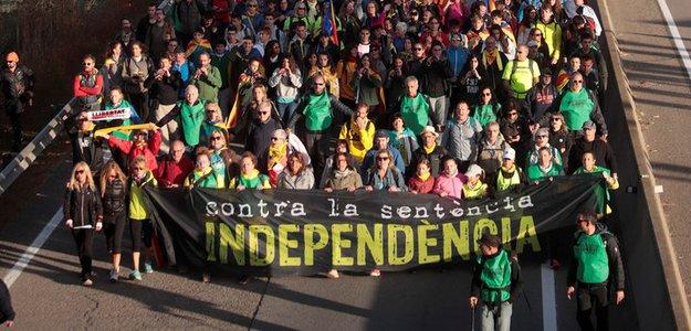 Марш на Барселону: к городу двинулись пять каталонских колонн(Видео)