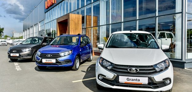 Петербург увеличил долю в общем объеме продаж авто в России