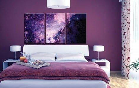 Какую картину лучше повесить в спальне над кроватью?