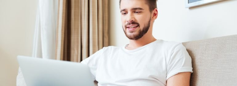 Вебкам девушка модель мужчины работа как узнать девушка модель своей веб камеры